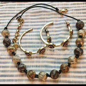 Jewelry - Tri color metal necklace , loop earrings!